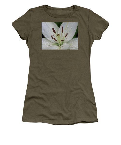 Rain Drops On Lily Women's T-Shirt