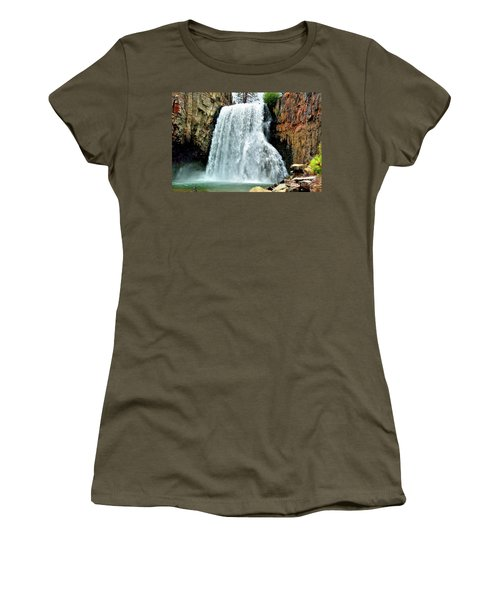 Rainbow Falls 16 Women's T-Shirt