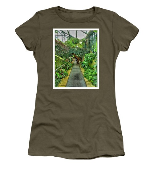 Raptor Seen In Kew Gardens Women's T-Shirt