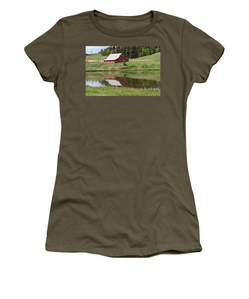Red Barn Burgess Res Divide Co Women's T-Shirt