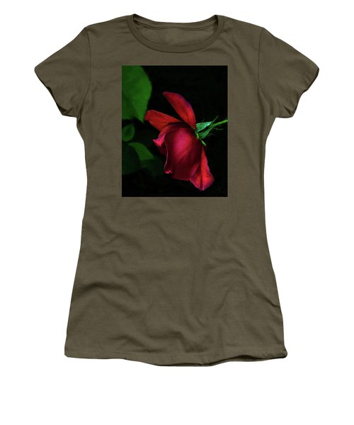 Red Beauty Women's T-Shirt (Athletic Fit)