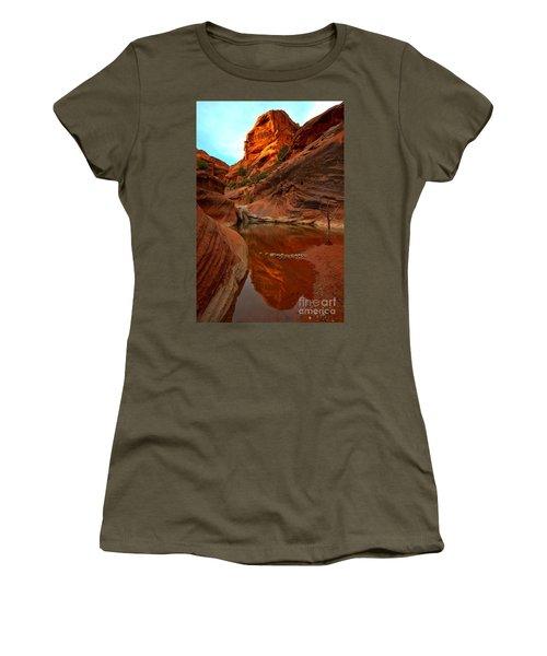 Red Cliffs Reflections Women's T-Shirt
