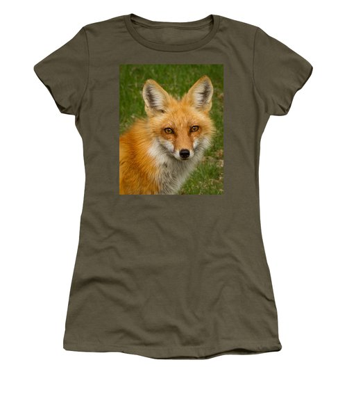 Red Fox Portrait Women's T-Shirt (Athletic Fit)