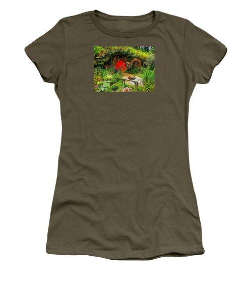 Red Hobbit Door Women's T-Shirt (Athletic Fit)