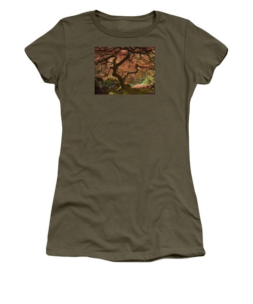 Red Maple Tree Women's T-Shirt (Athletic Fit)