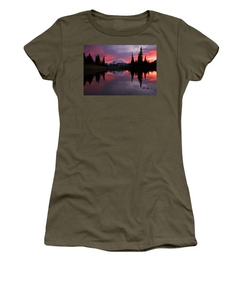 Red Sky At Night Women's T-Shirt