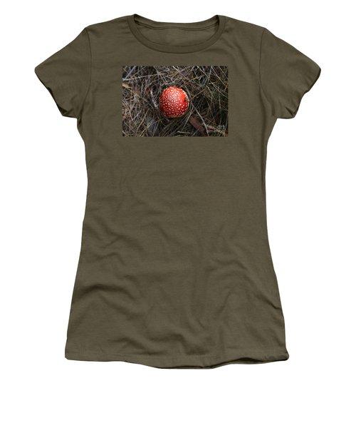 Red Spotty Toadstool Women's T-Shirt