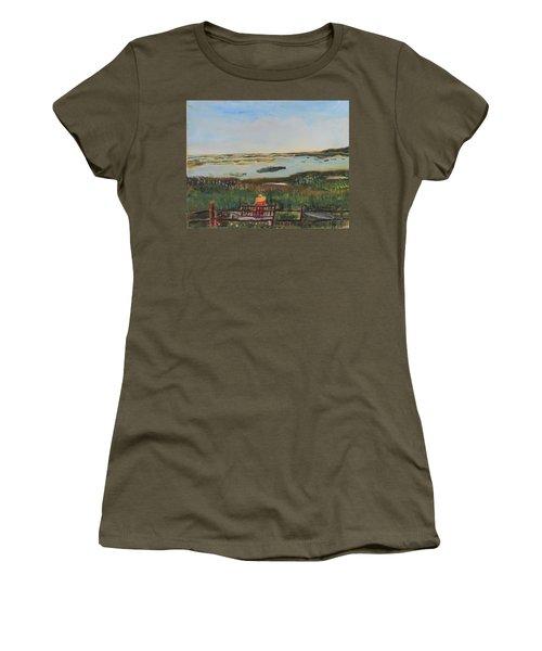 Reflecting Women's T-Shirt