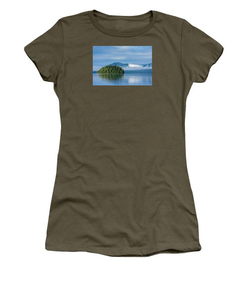 Remote Beauty Women's T-Shirt (Athletic Fit)