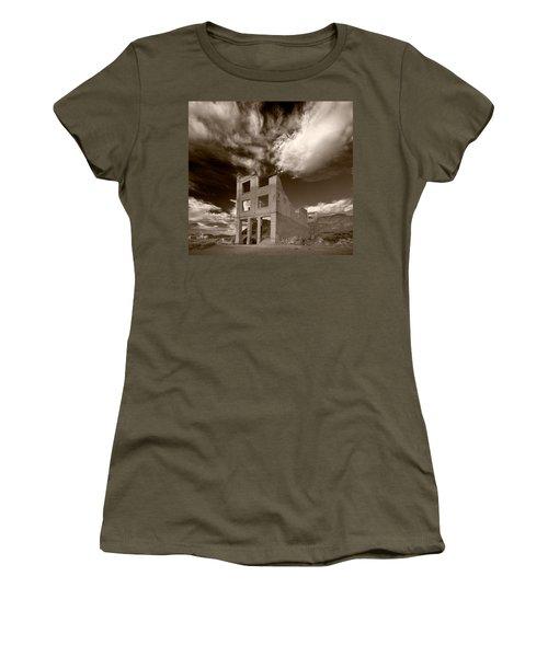 Rhyolite Nevada Ghost Town Women's T-Shirt