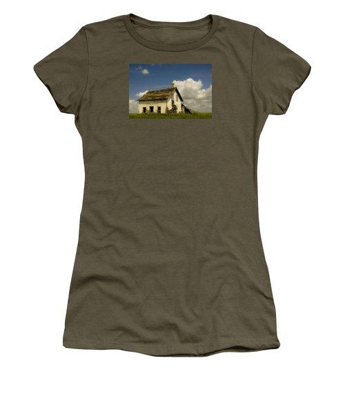 Riel Rebellion Period Farm House Women's T-Shirt (Junior Cut) by Ellery Russell