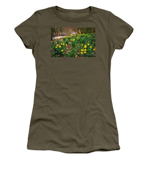 Riverside Daffodils In Spring Women's T-Shirt