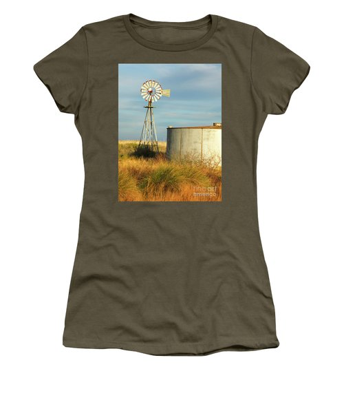 Rust Find Its Place Women's T-Shirt