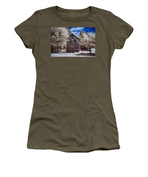 Rustic Farm Building In Infrared Women's T-Shirt