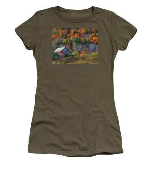 Rustic Out Building In Southern Ohio  Women's T-Shirt