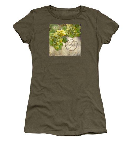 Rustic Vineyard - Chardonnay White Wine Grapes Vintage Style Women's T-Shirt