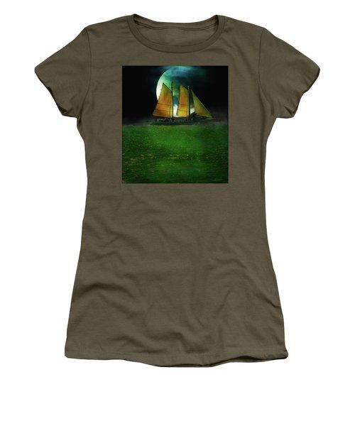 Sailing Safari  Women's T-Shirt (Athletic Fit)