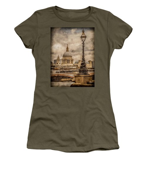 London, England - Saint Paul's Women's T-Shirt