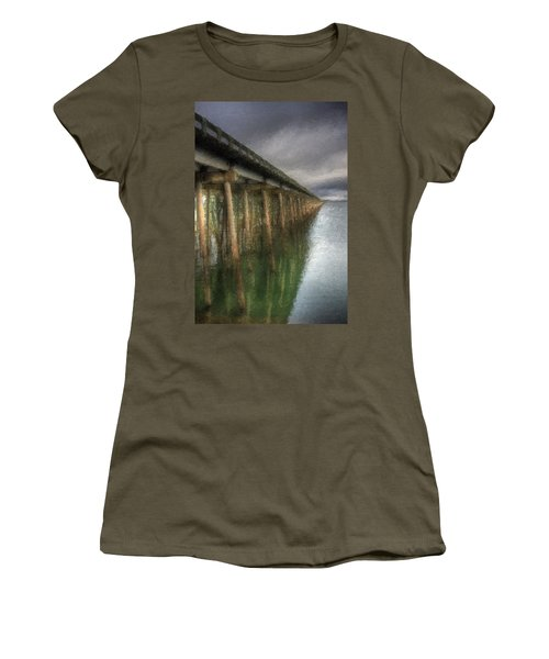 Sandpoint Longbridge  Women's T-Shirt