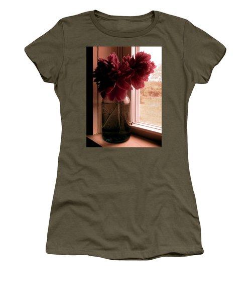 Saudade Women's T-Shirt (Athletic Fit)