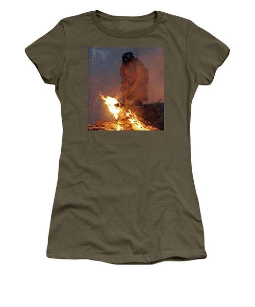 Sawyer, North Pole Fire Women's T-Shirt (Junior Cut) by Bill Gabbert