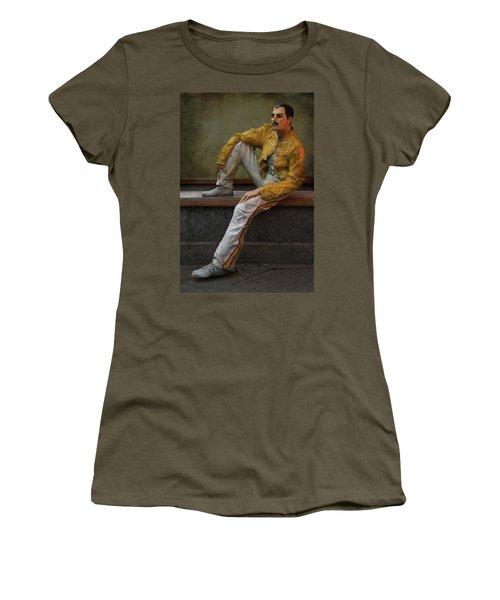 Sculptures Of Sankt Petersburg - Freddie Mercury Women's T-Shirt