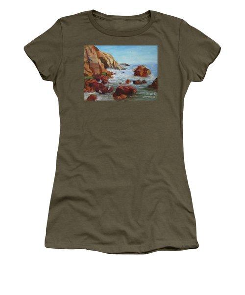 Sea Gulls Women's T-Shirt (Athletic Fit)