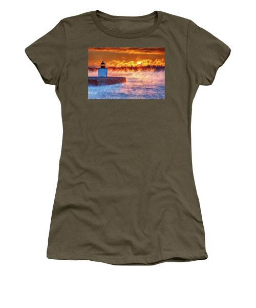 Women's T-Shirt featuring the photograph Seasmoke At Salem Lighthouse by Jeff Folger