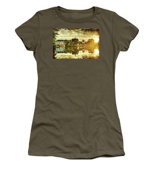 September Sunset In Chenonceau - Vintage Version Women's T-Shirt
