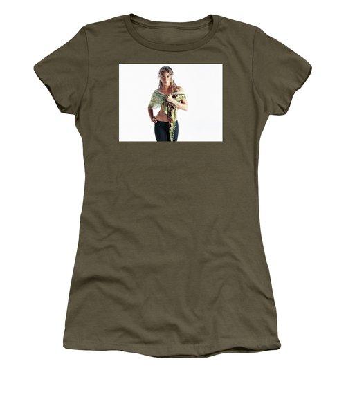 Shakira 32 Women's T-Shirt (Athletic Fit)