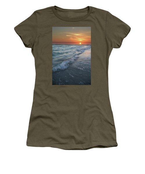 Shoreline Sunset Women's T-Shirt (Athletic Fit)