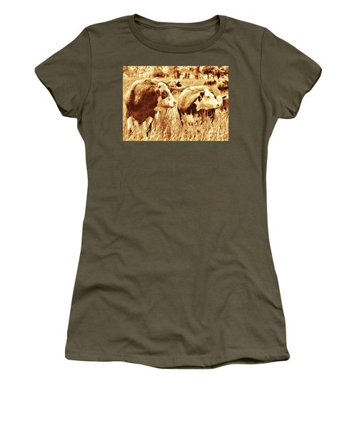 Simmental Bull 3 Women's T-Shirt (Athletic Fit)