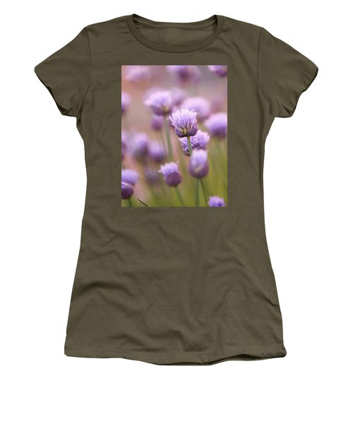 Simple Flowers Women's T-Shirt