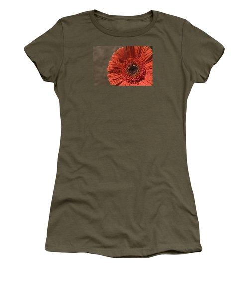 Skc 5127 The Heart Of The Gerbera Women's T-Shirt (Junior Cut) by Sunil Kapadia
