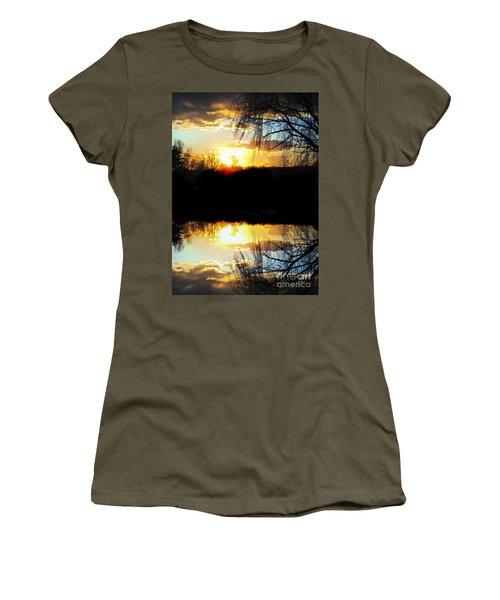 Skyfull Women's T-Shirt