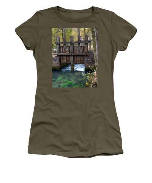 Sluce Gate Women's T-Shirt