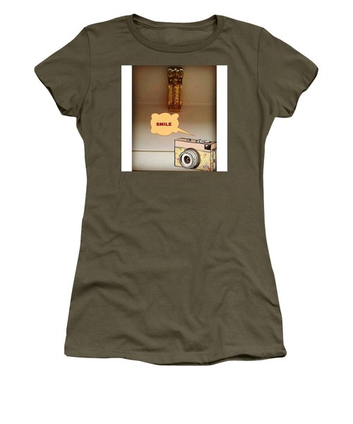 Smile, Send  Goodvibes  Women's T-Shirt