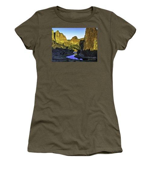 Smith Rock, Oregon Women's T-Shirt