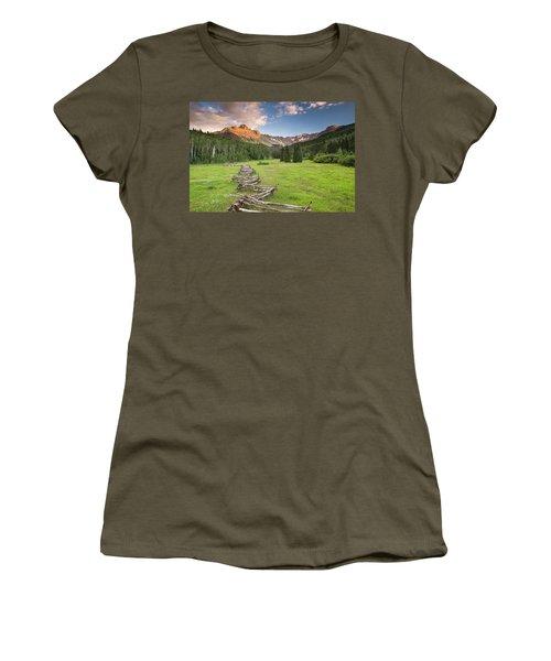 Sneffels Fence Horizontal Women's T-Shirt