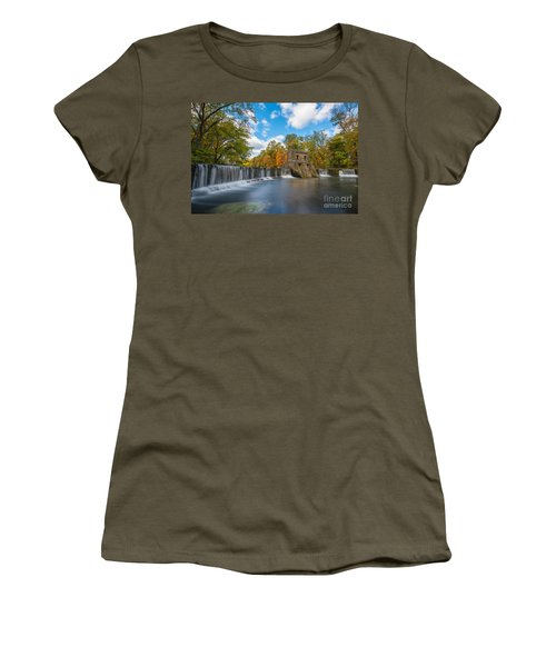 Speedwell Dam Fall Foliage Women's T-Shirt