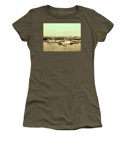 St. Lawrence Seaway Marina Women's T-Shirt (Athletic Fit)
