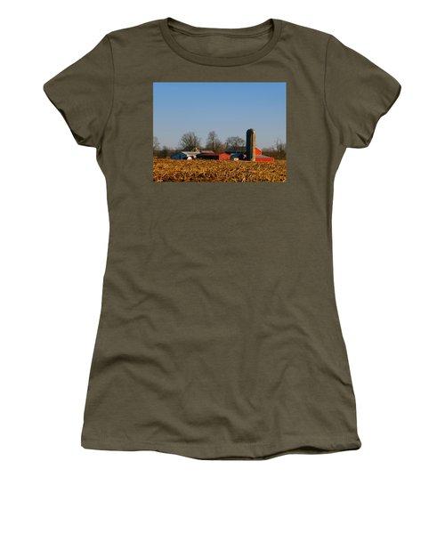 Standing Still Patiently Waiting Women's T-Shirt (Junior Cut) by Tina M Wenger
