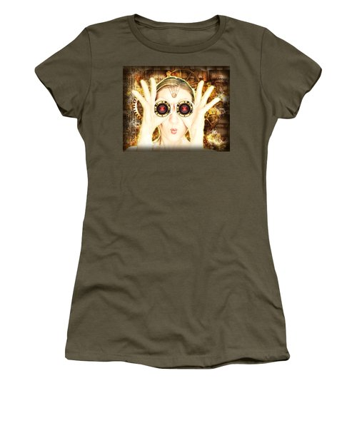 Steam Punk Lady With Bins Women's T-Shirt