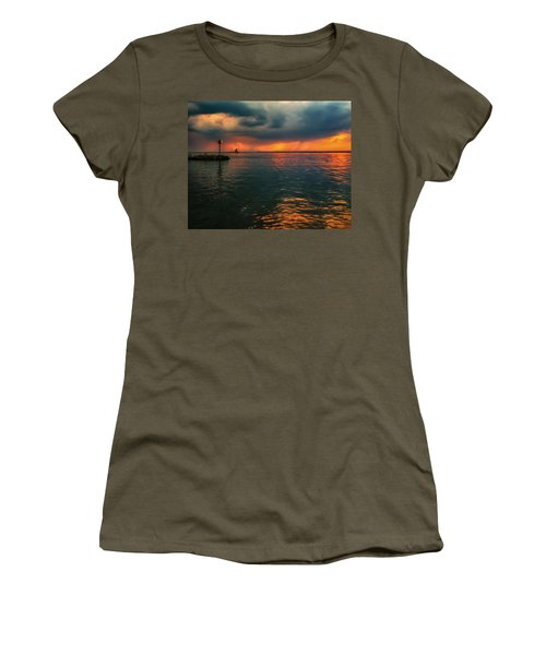 Storm In Lorain Ohio At The Lighthouse Women's T-Shirt