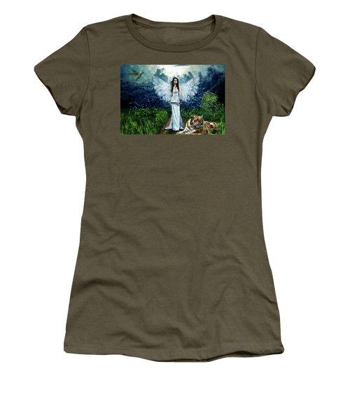 Storm Maiden Women's T-Shirt