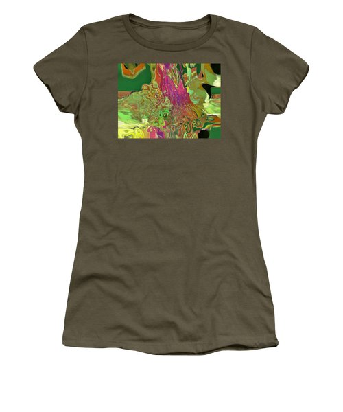 Streaming Women's T-Shirt (Athletic Fit)