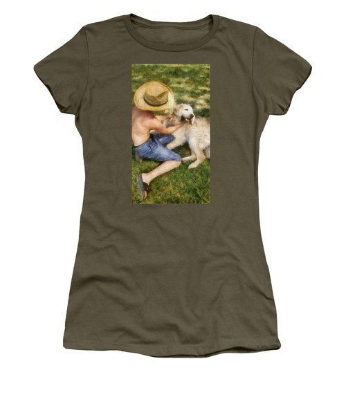Summer Lovin Women's T-Shirt