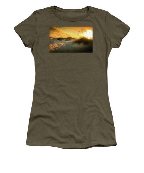 Sunlight On The Dunes Women's T-Shirt