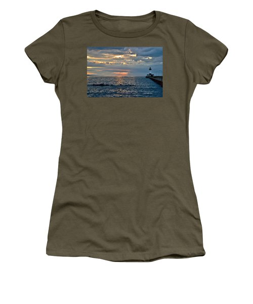 Sunrise In Duluth Women's T-Shirt