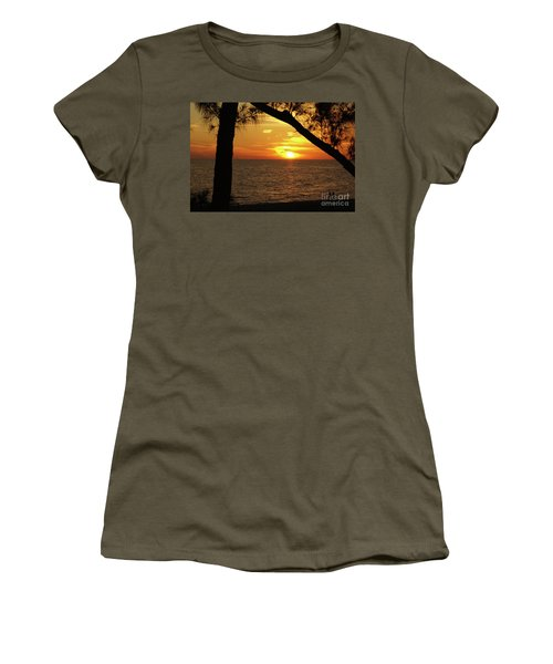 Sunset 2 Women's T-Shirt (Athletic Fit)
